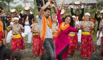 फिल्म 'गोपी' को पहिलो गीत : 'लक्ष्मी कहिले काली'